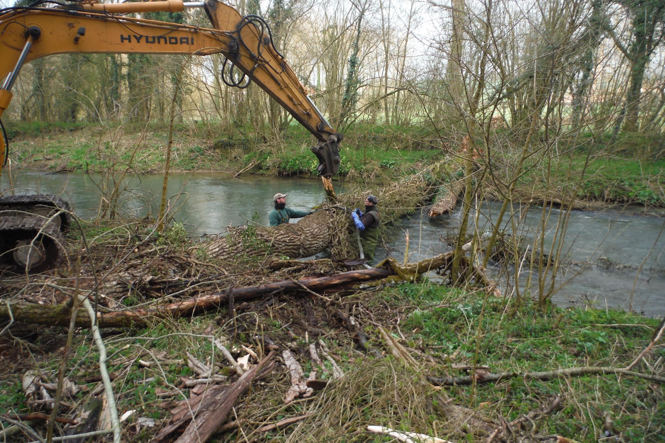Intervention de l'équipe rivière