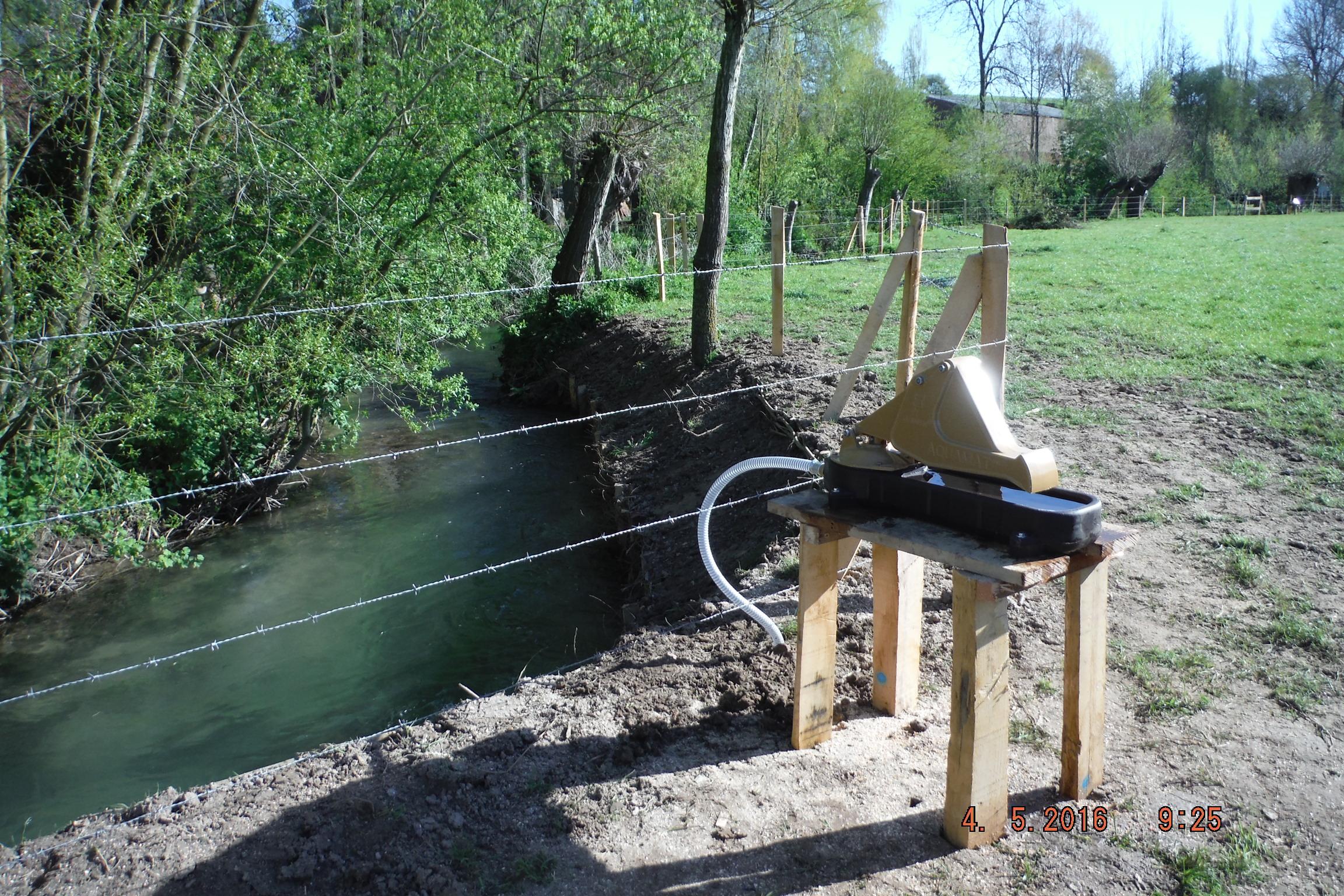 Aménagement de pâture, renforcement de berge, pose d'une clôture et mise en place d'une buvette